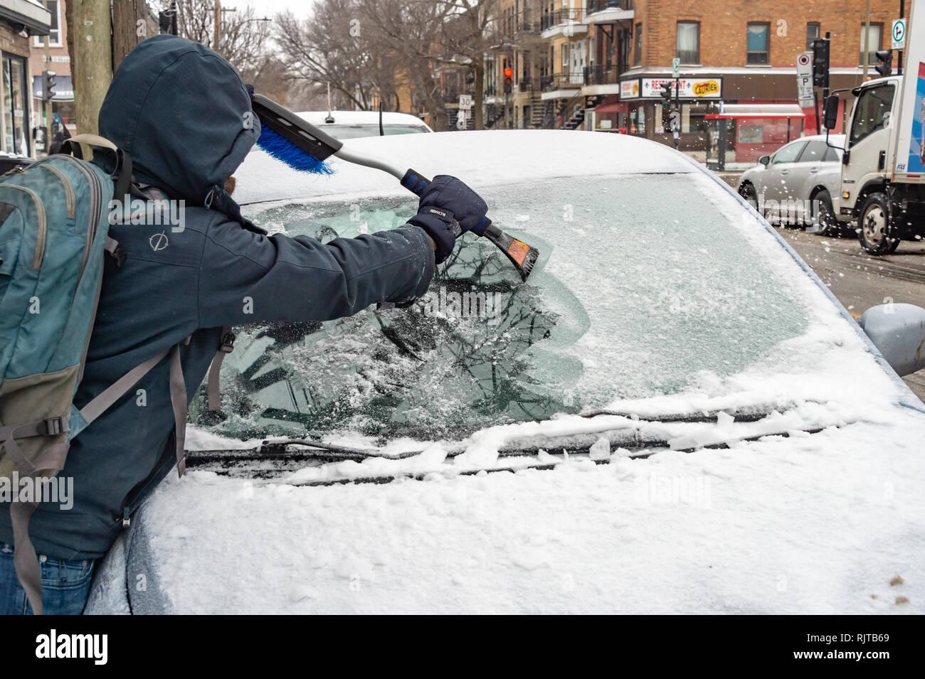 AOBOR Ice Scrapers Car Windshield Snow Scraper Cone-Shaped Frost Removal Magic Snow Remover 3 pcs