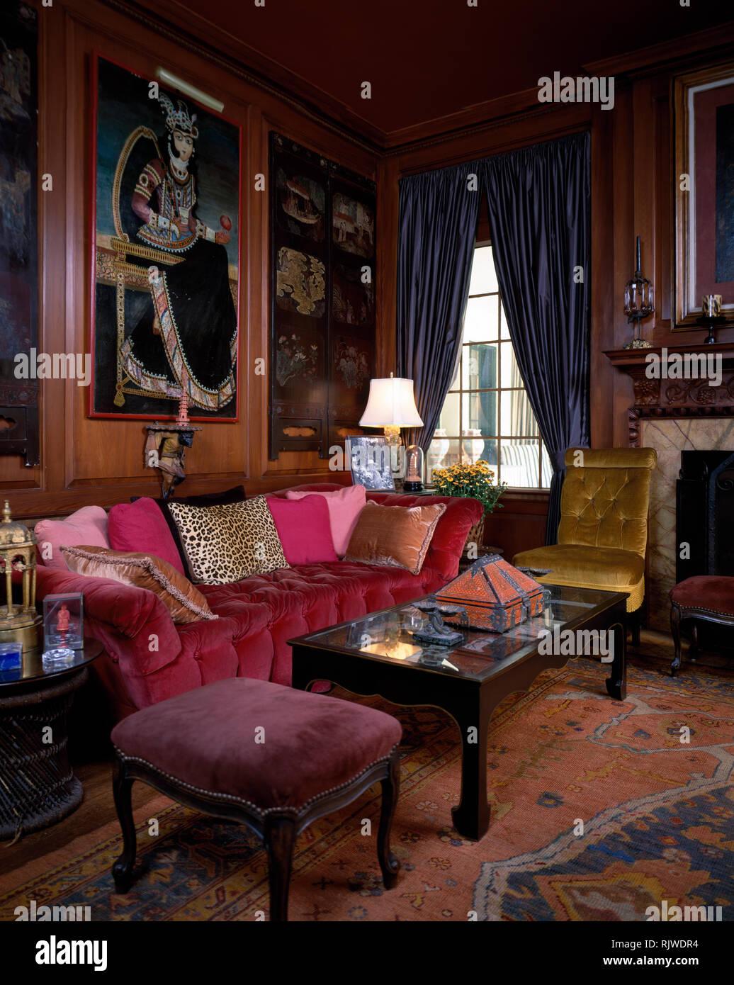 Pink Velvet Sofa In Opulent Sitting Room Stock Photo Alamy