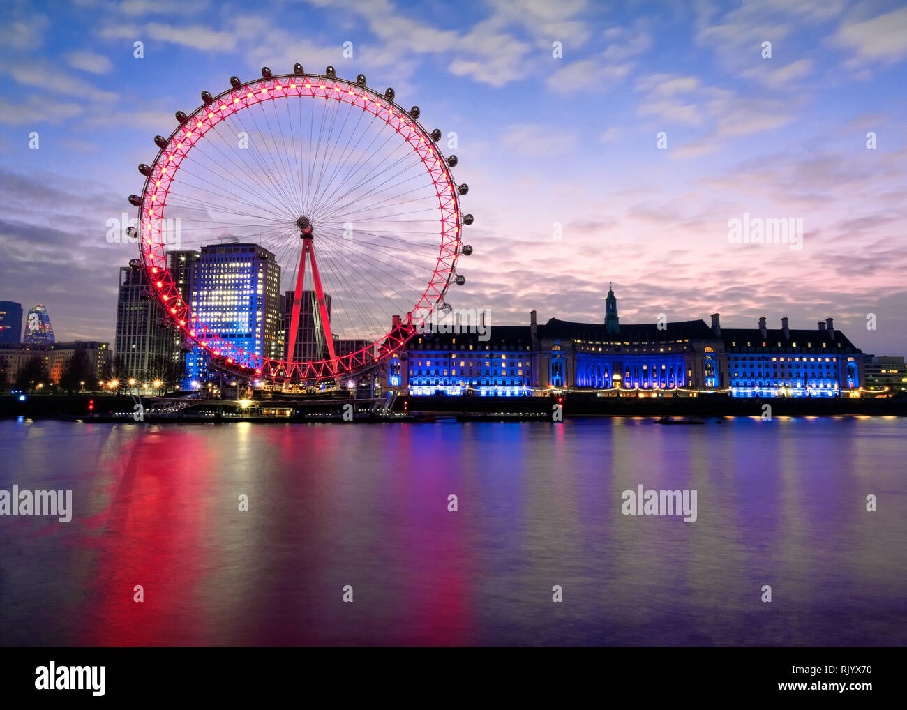 A twenty-second exposure, of the English London Eye and