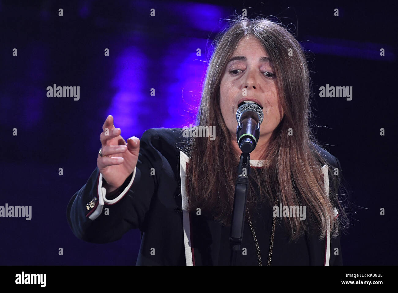 Foto Gian Mattia D'Alberto/LaPresse 08 Febbraio 2019 Sanremo, Italia  Spettacolo  Festival di Sanremo 2019, quarta serata Nella foto: Motta – Dov'è l'Italia, Nada  Photo Gian Mattia D'Alberto/LaPresse February 08th, 2019 Sanremo, Italy  Entertainment  Sanremo music festival 2019, fourth evening In the photo: Motta – Dov'è l'Italia, Nada Stock Photo
