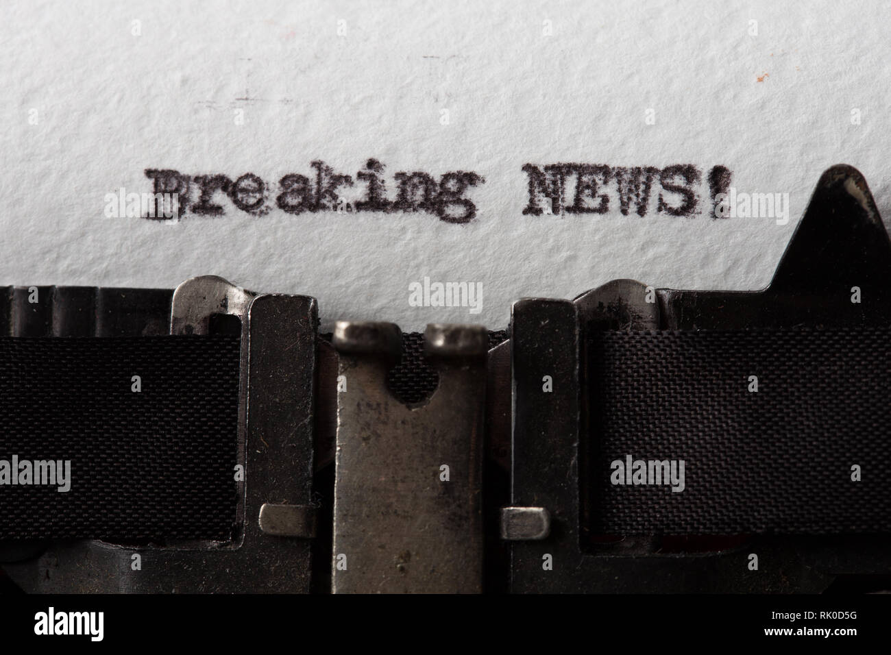 breaking news - text message on the typewriter close-up - Stock Image