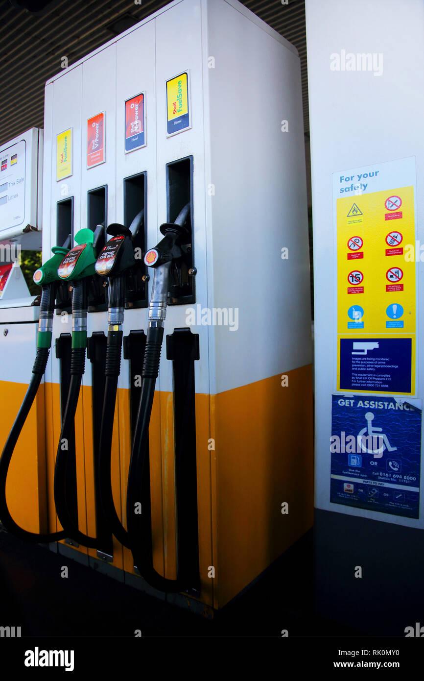 Iowa Gas Prices >> Gas Station Signs Stock Photos & Gas Station Signs Stock Images - Alamy
