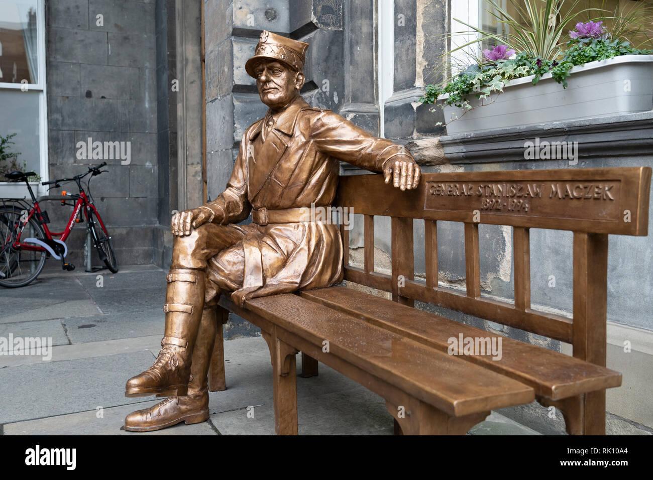 Statue of Polish war hero General Stanislaw Maczek at City chambers in Edinburgh Old Town, Scotland, UK Stock Photo