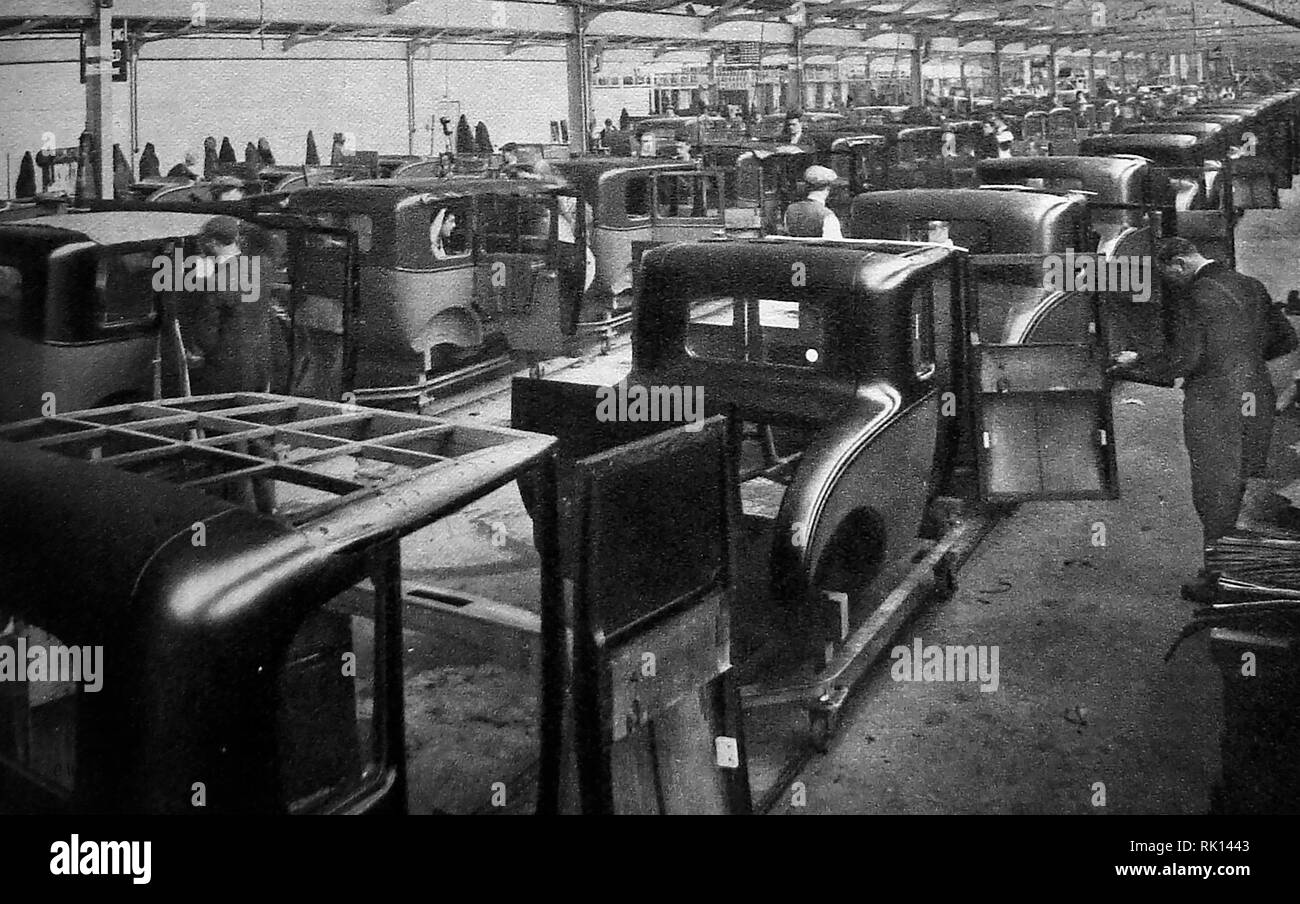 1930 - A look at Morris Motor car production in the UK. - Stock Image