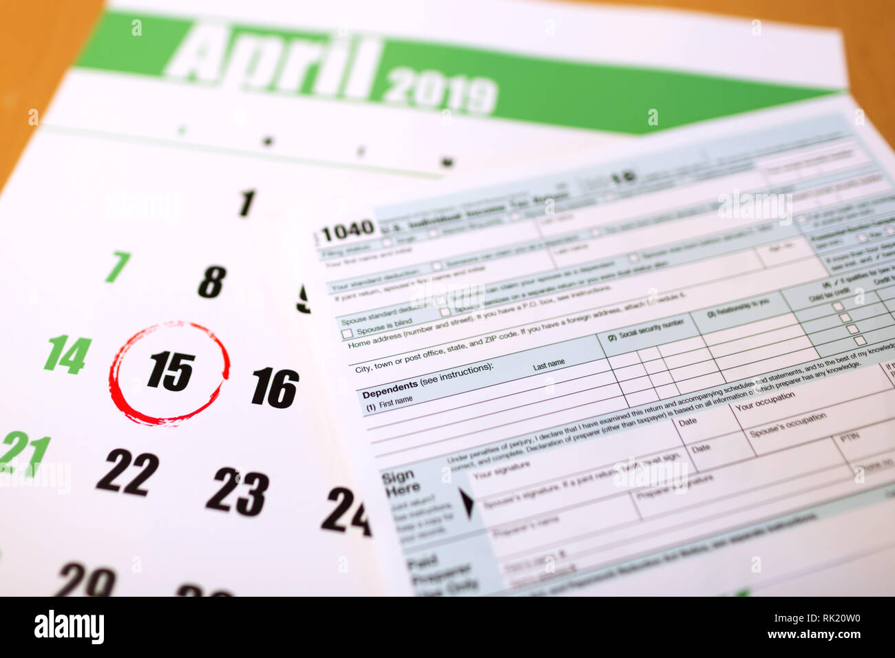 2019 calendar with 1040 income tax form for 2018 showing tax