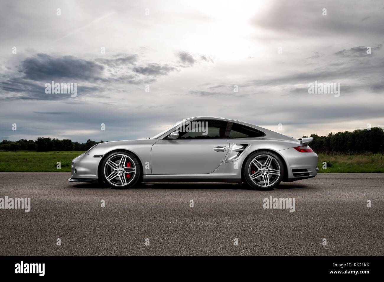 Porsche 997 Turbo Stock Photo Alamy