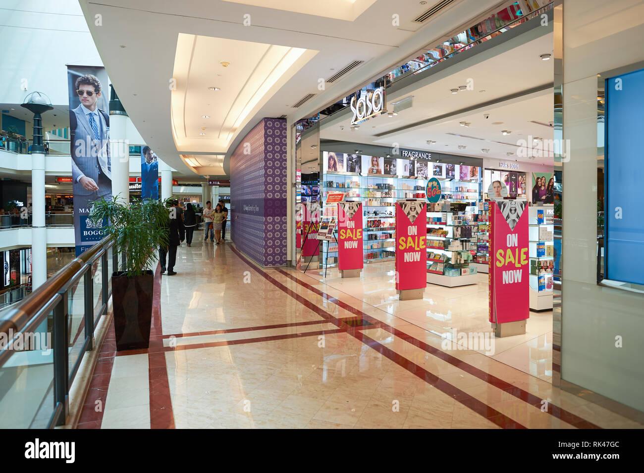 0a808b696e1 Sasa Shop Stock Photos   Sasa Shop Stock Images - Alamy
