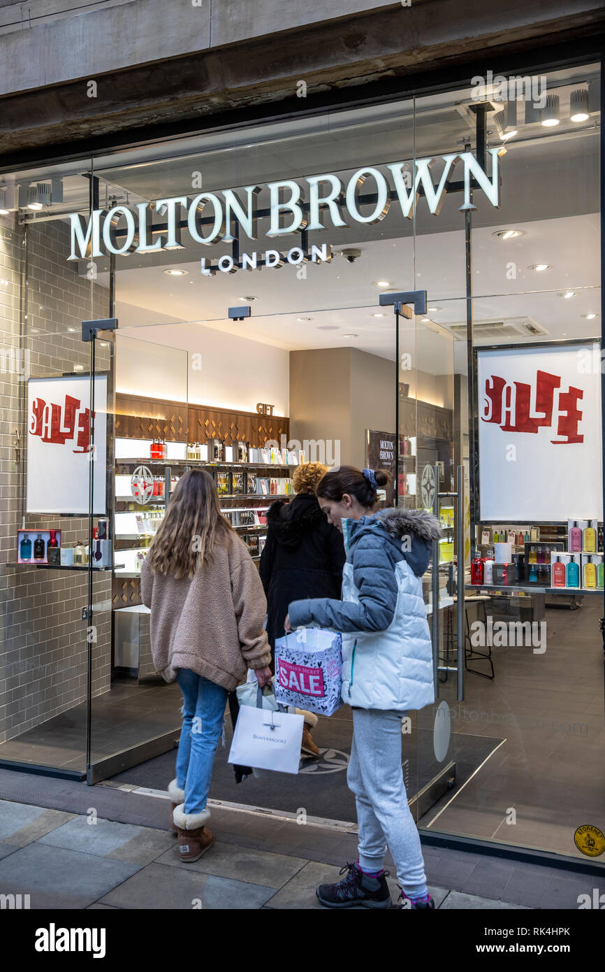 January sales at Molton Brown beauty store in Manchester city centre,England,Uk - Stock Image