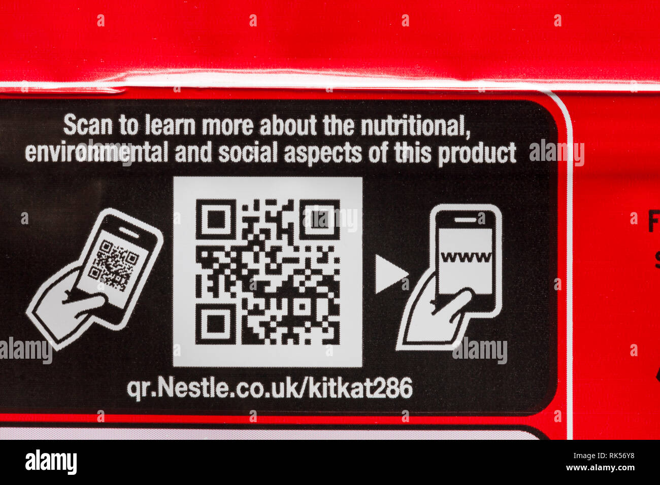 kitkat qr code on pack of kitkats - scan to learn more about the nutritional, environmental and social aspects of this product - Stock Image