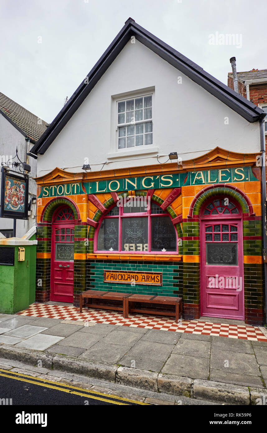 The glazed tile fronted Auckland Arms public house in Southsea which doesn't have any TV screens inside - Stock Image