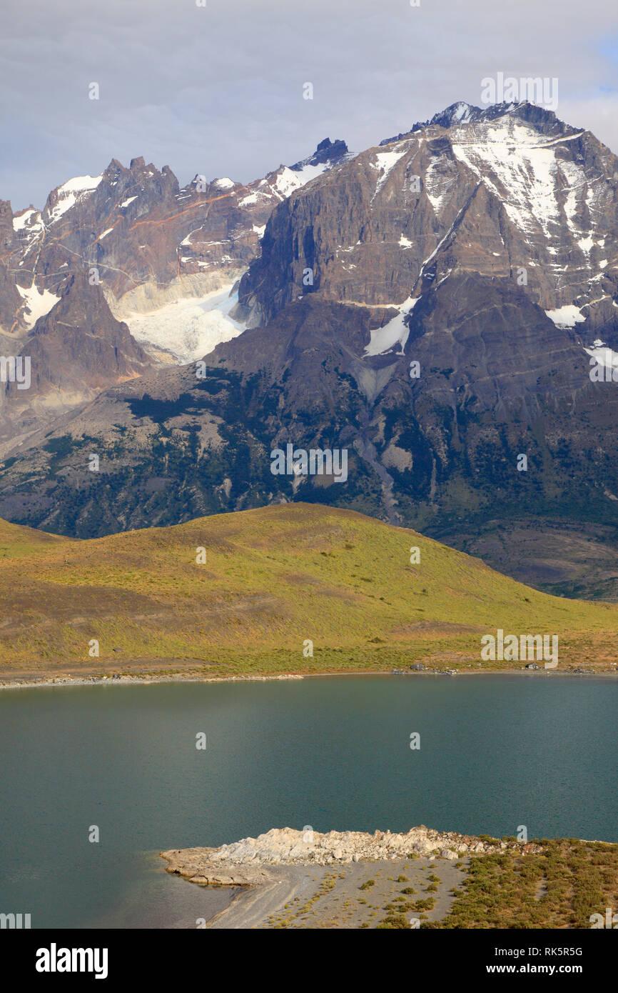 Chile, Magallanes, Torres del Paine, national park, Cerro Almirante Nieto, Lago Nordenskjold, - Stock Image