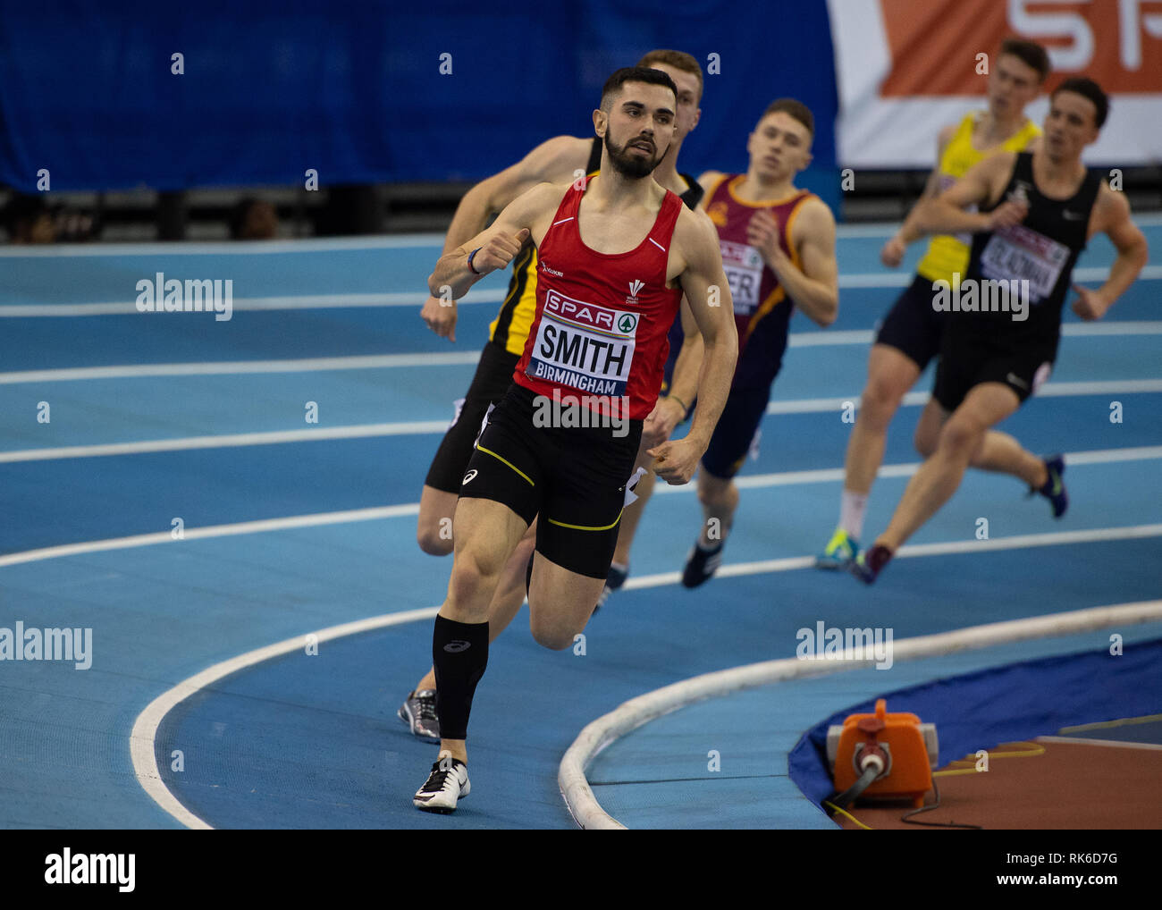 How long is 400 meters in running betting free sports betting software