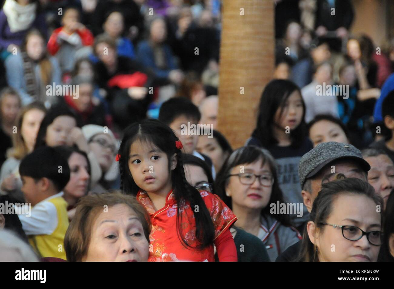 New York, USA. 10th Feb 2019.  People watch a performance celebrating Chinese New Year at Brookfield Place in Lower Manhattan of New York City, the United States, on Feb. 9, 2019. Around 2,000 people watched a performance celebrating Chinese New Year on Saturday at Brookfield Place, an indoor commercial area in Lower Manhattan of New York City.  e Credit: Xinhua/Alamy Live News Stock Photo