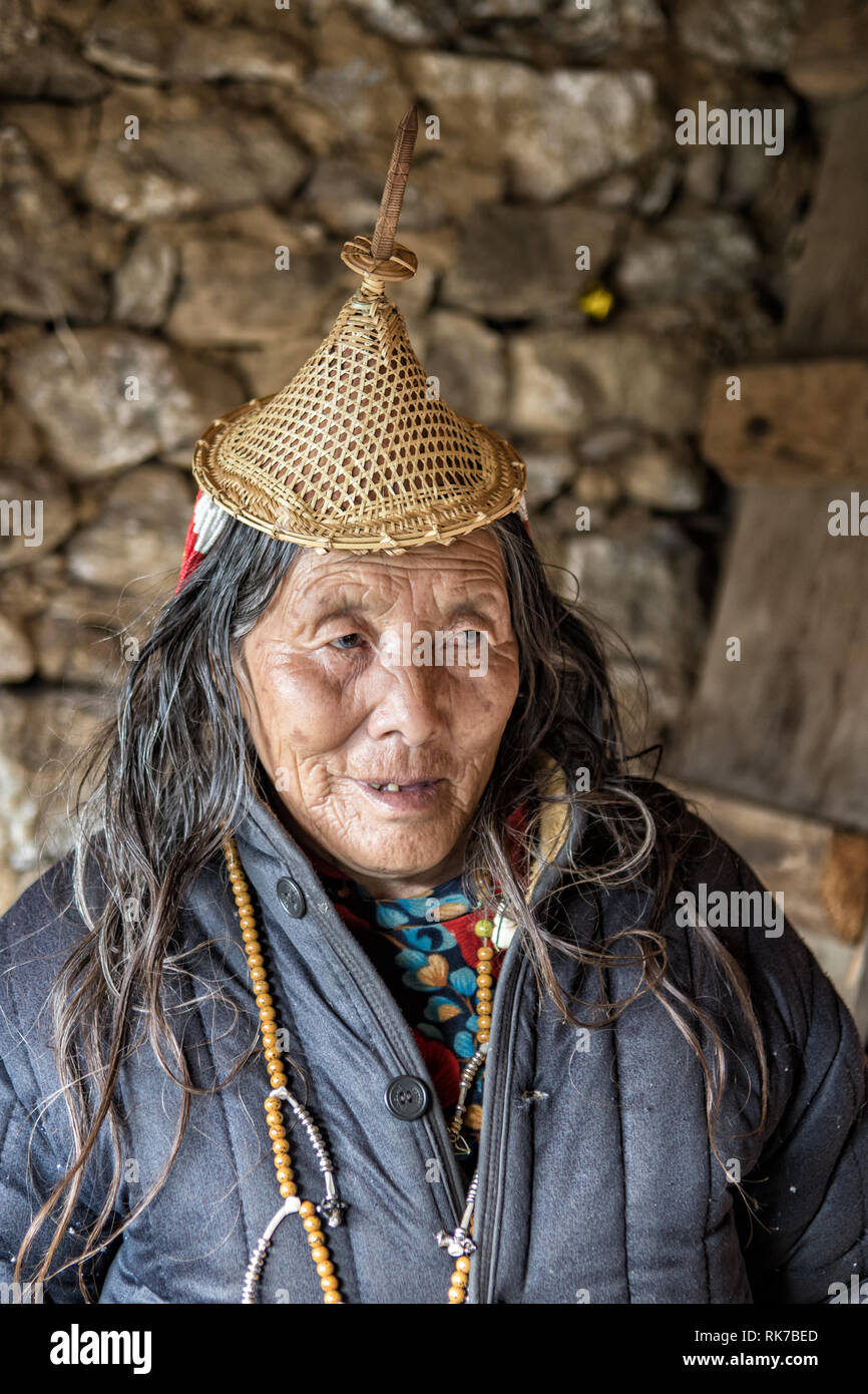 Old Layap woman in her house in Laya, Gasa District, Snowman Trek, Bhutan Stock Photo