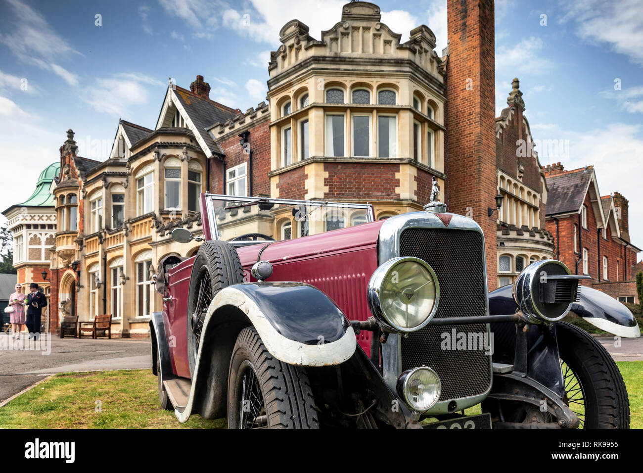 Country Mansion Car Stock Photos & Country Mansion Car Stock