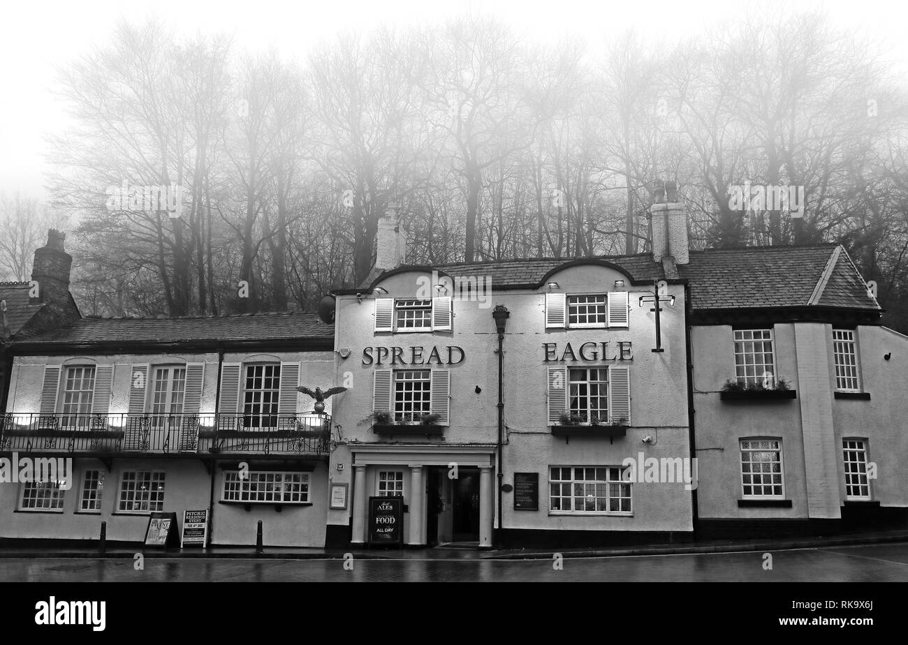 The Spread Eagle Pub, Eagle Brow, Lymm, 47 Eagle Brow, Lymm WA13 0AG - Stock Image
