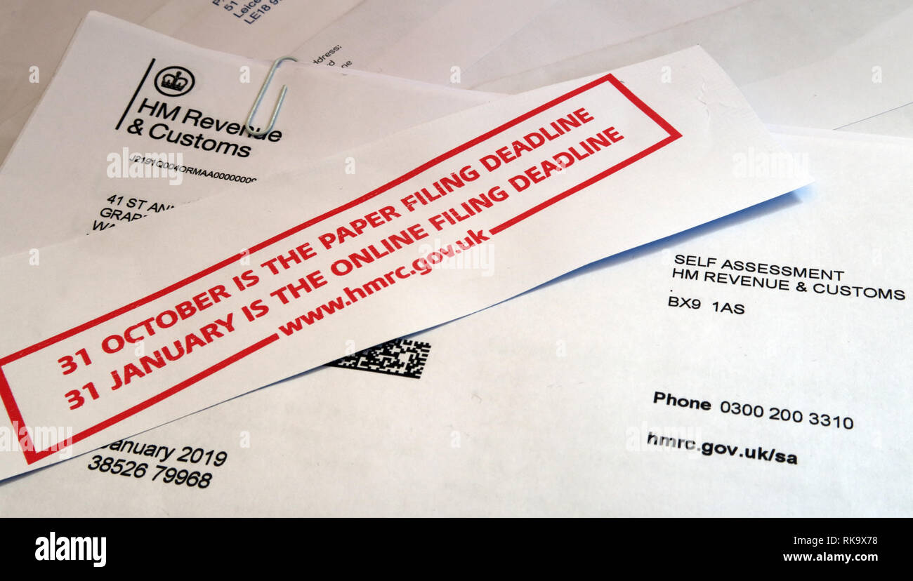 HMRC HM Revenue and Customs Tax Return letter and form, paper filing deadline, England, UK - Stock Image