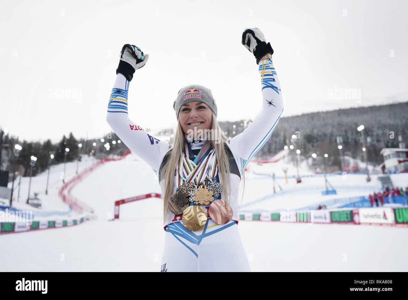 Are, Sweden. 10th Feb, 2019. Alpine skiing, world championship, downhill, ladies: Lindsey Vonn from the USA with all the medals she has won in her career. Credit: Michael Kappeler/dpa/Alamy Live News - Stock Image