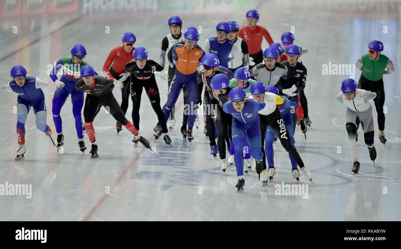 26f52fa7e86 10th Feb, 2019. Speed Skating World Championship, Mass Start, Men, 24 Men  compete in Mass Start. Credit: Sina Schuldt/dpa/Alamy Live News