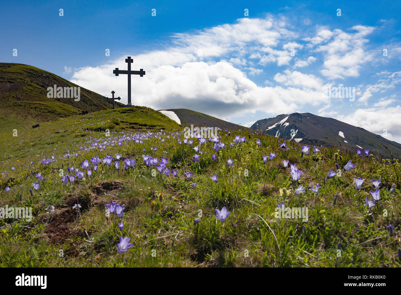 Kreuze am Abano Pass, Georgien Stock Photo