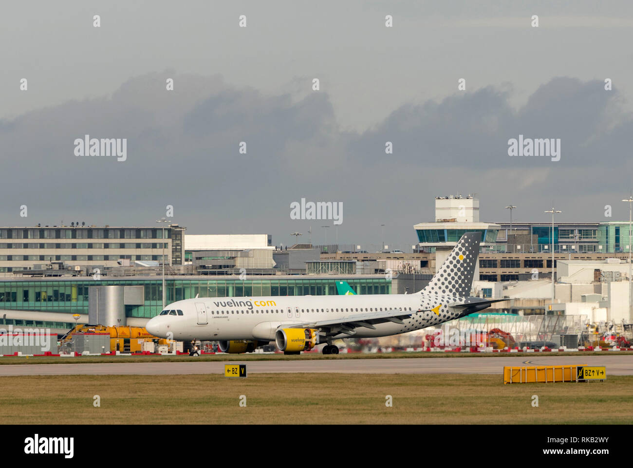 Vueling Airbus A320-214, EC-MBY, at Manchester Airport - Stock Image