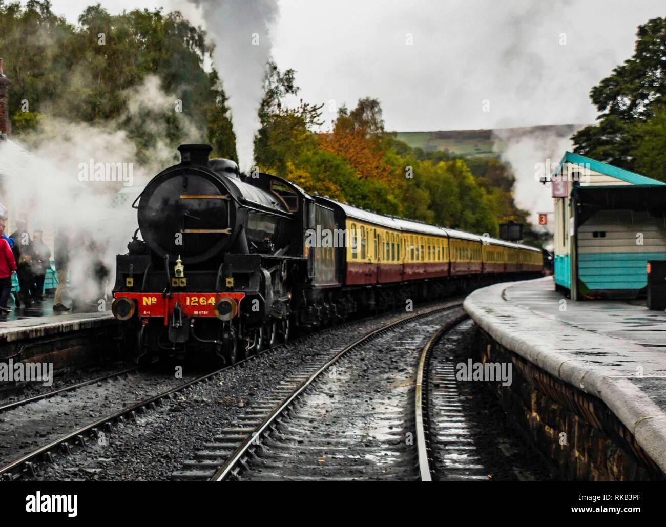 Thompson B1 leaving Grosmont on the North Yorkshire Steam Railway Stock Photo
