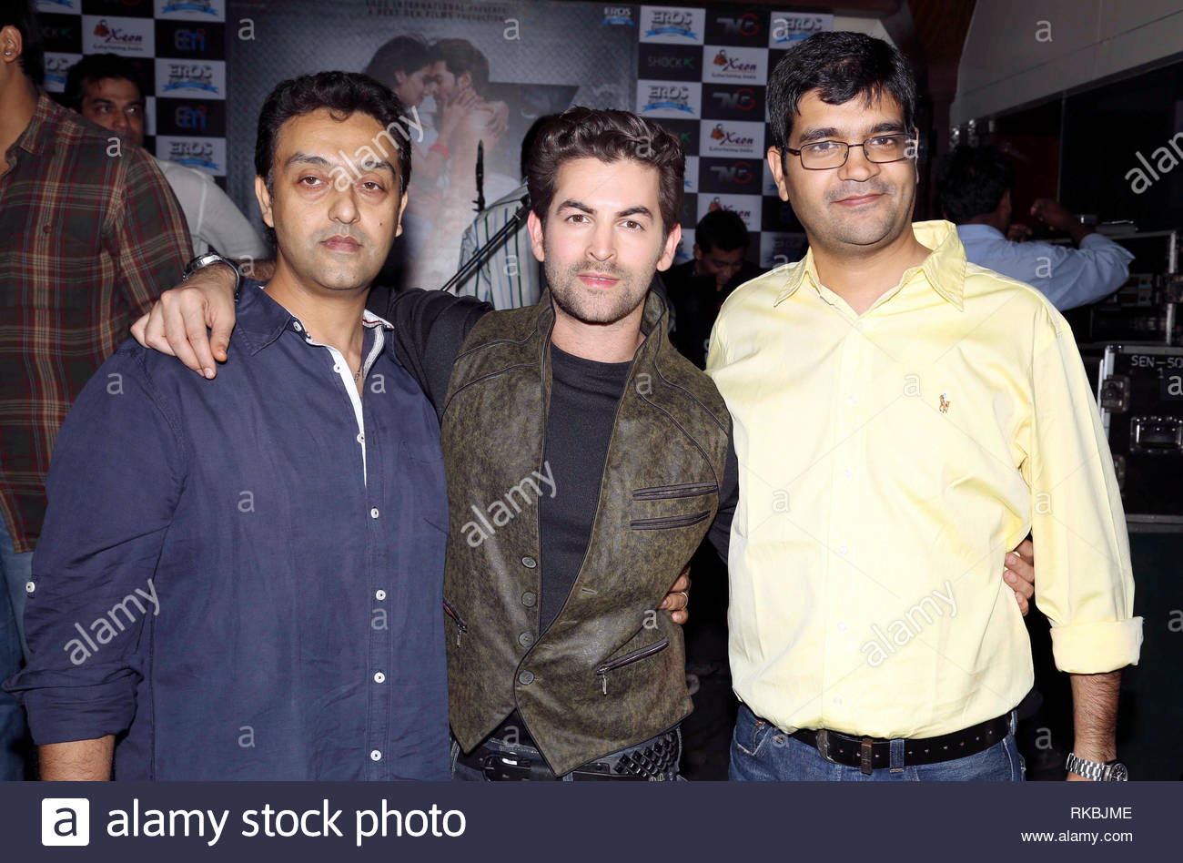 Bollywood actor Neil Nitin Mukesh with filmmakers Sheershak Anand (L) and Shantanu Ray Chhibber pose during the music launch of his upcoming film 3G in Mumbai, India on February 26, 2013. The Bollywood thriller film written and directed by Shantanu Ray Chhibber and Sheershak Anand will hit the theaters on March 15, 2013. (Aakash Berde) - Stock Image