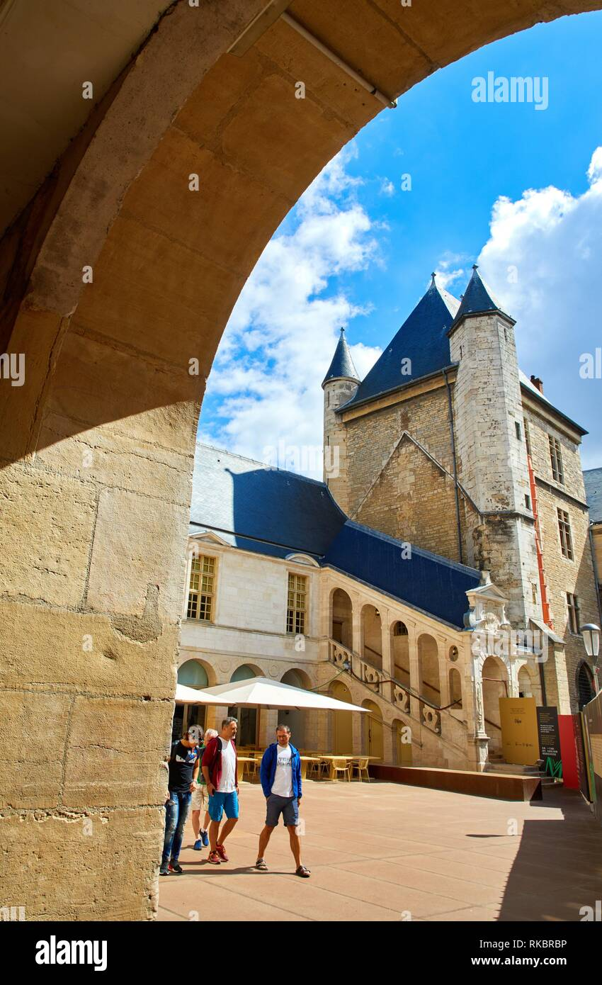 Tour de Bar, Musée des Beaux-Arts, Dijon, Côte d´Or, Burgundy Region, Bourgogne, France, Europe Stock Photo