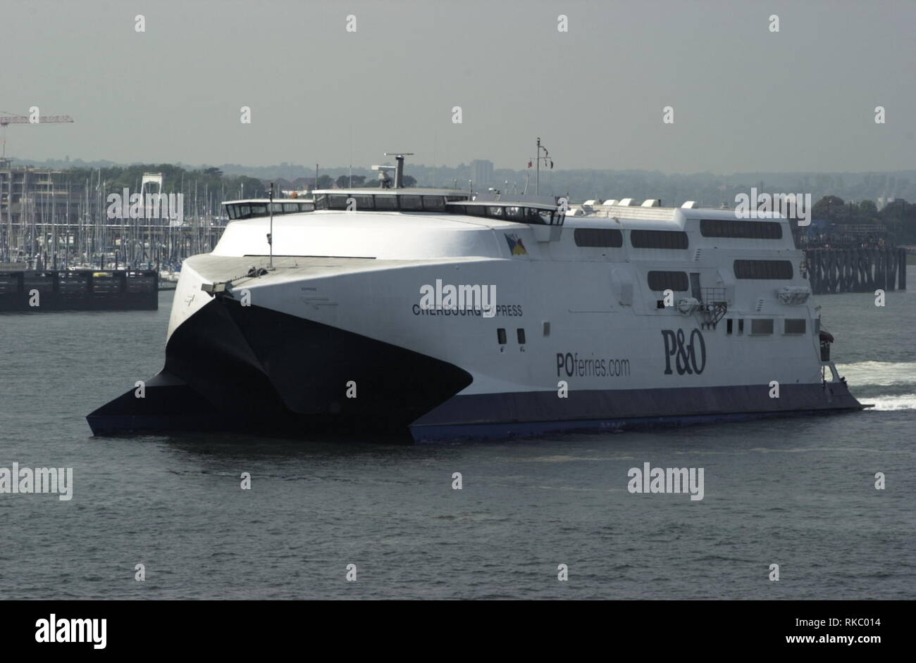 AJAXNETPHOTO. MAY, 2004. PORTSMOUTH, ENGLAND. - OUTWARD BOUND - P&O FERRIES HIGH SPEED CATAMARAN CHERBOURG EXPRESS LEAVING HARBOUR.  PHOTO:JONATHAN EASTLAND/AJAX REF:D41705_245 - Stock Image
