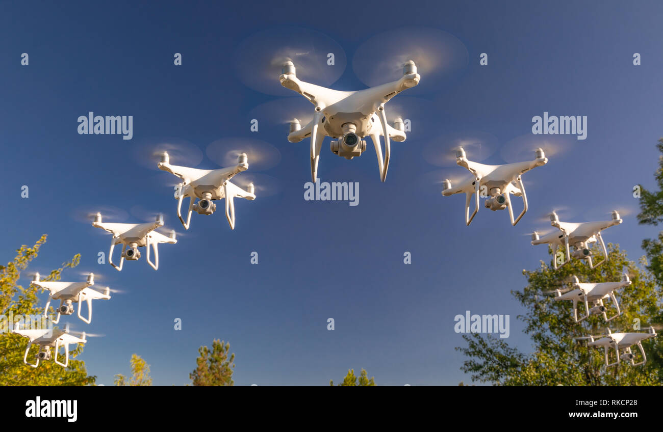 Swarm Attack Stock Photos & Swarm Attack Stock Images - Alamy