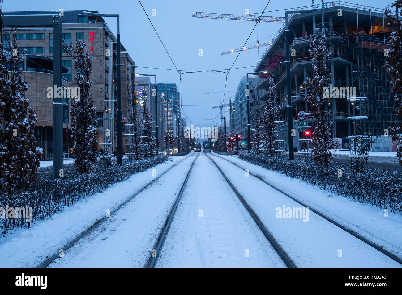 Symmetric tram tracks in Dronning Eufemias gate in central Oslo - Stock Image