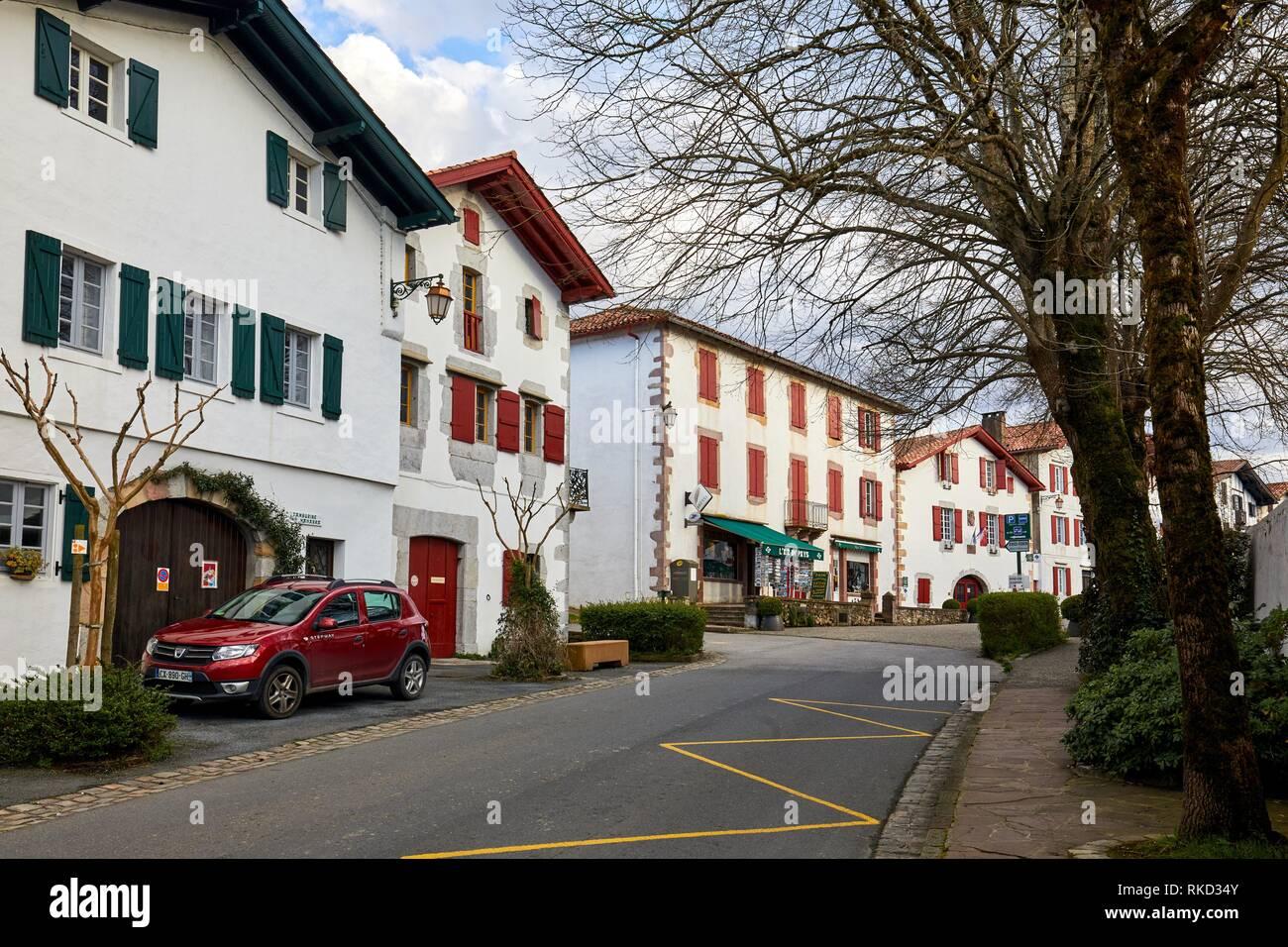 Quartier Karrika, Ainhoa, Pyrénées-Atlantiques, Aquitaine region, France, Europe - Stock Image