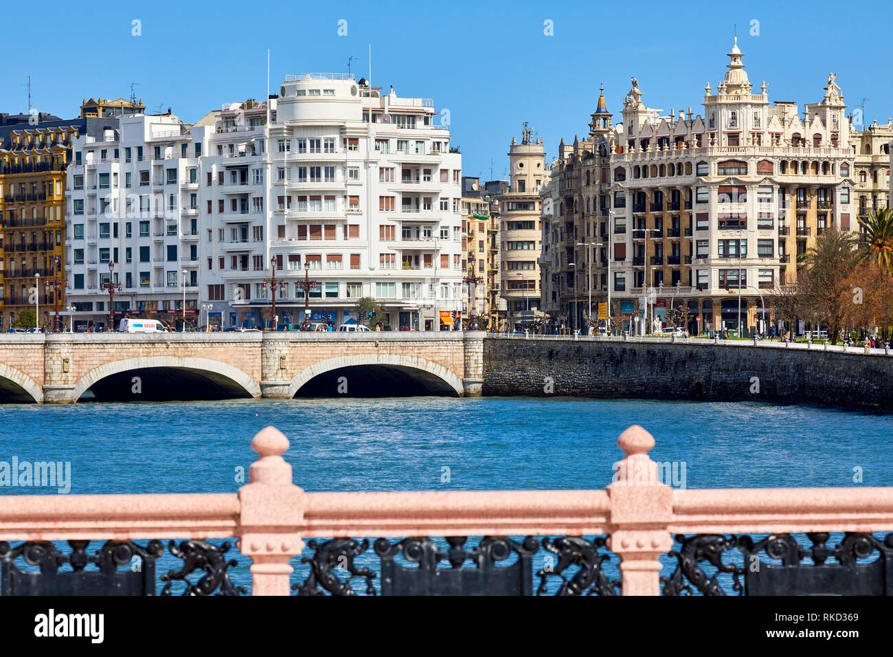 Urumea River, Santa Catalina and Maria Cristina bridges, Donostia, San Sebastian, Gipuzkoa, Basque Country, Spain, Europe - Stock Image