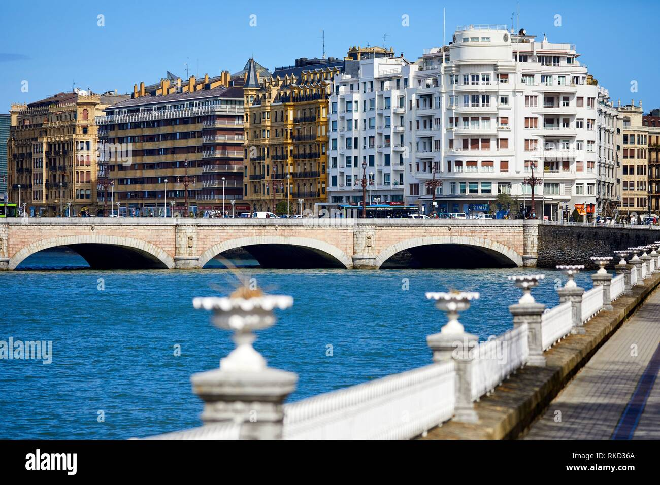 Urumea River, Santa Catalina bridge, Donostia, San Sebastian, Gipuzkoa, Basque Country, Spain, Europe - Stock Image