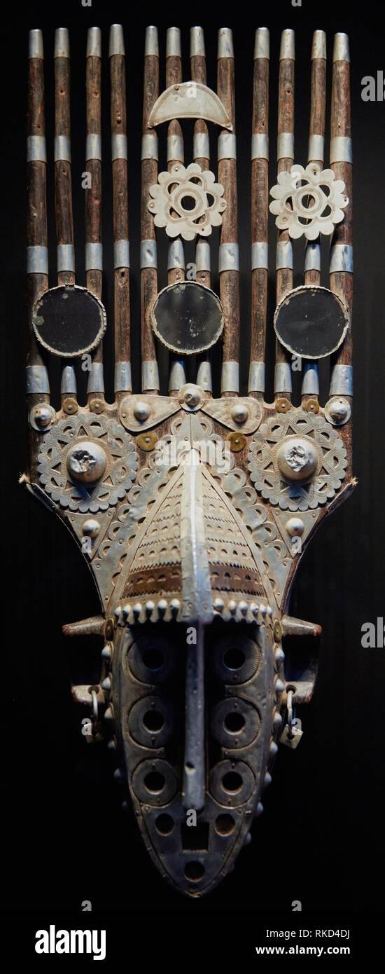 Konden society mask. Guinea. S.XX. Musée du Quai Branly museum, specialised for primitive or tribal arts, architect Jean Nouvel. Paris. France - Stock Image