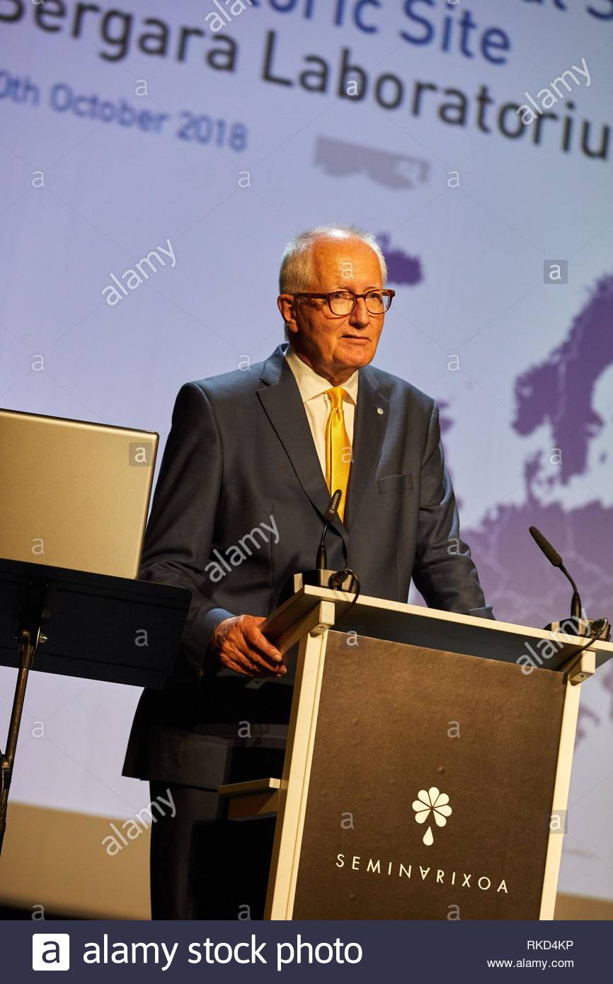 Rudiger Voss, President European Physical Society, Institutional Act of the election of Bergara as Historical Site of Science ''HISTORIC SITE'' of - Stock Image