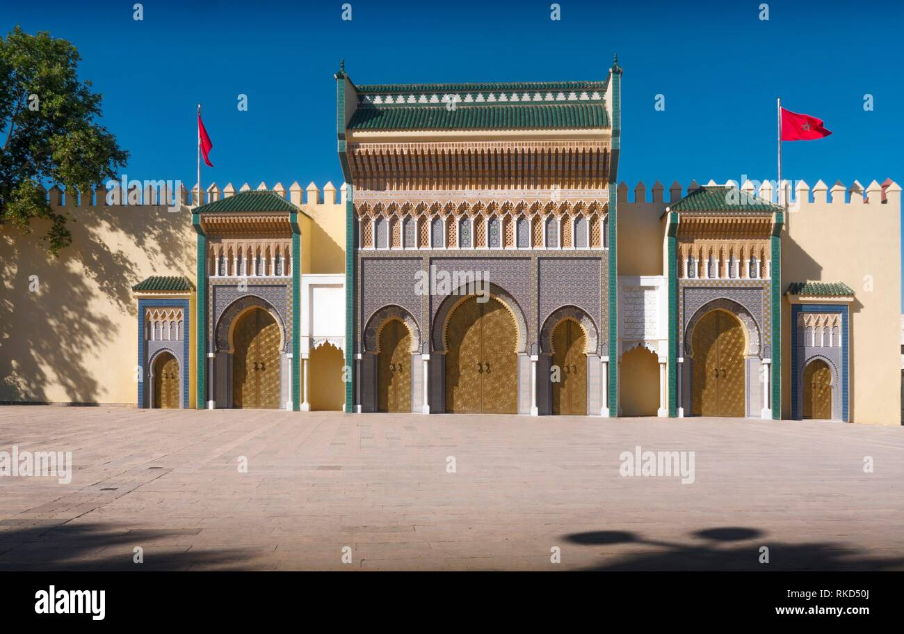 Morocco, Fes, main entrance gate to the Royal Palace, at Fes. - Stock Image