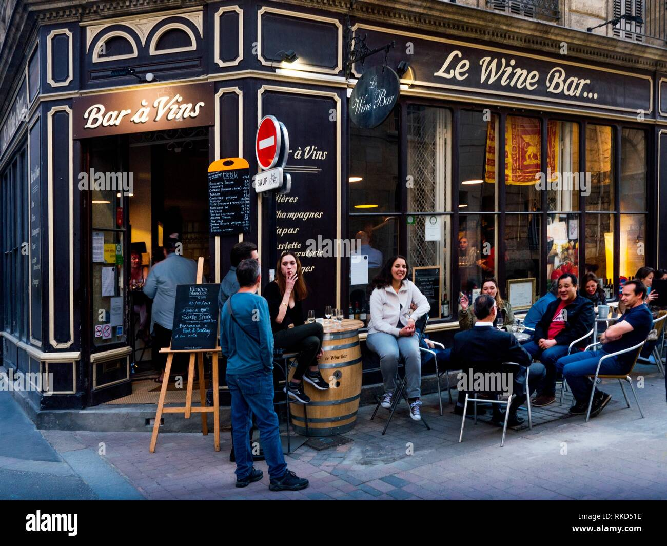 France, Nouvelle aquitaine, Gironde. '' Le Wine Bar'', at Bordeaux. - Stock Image