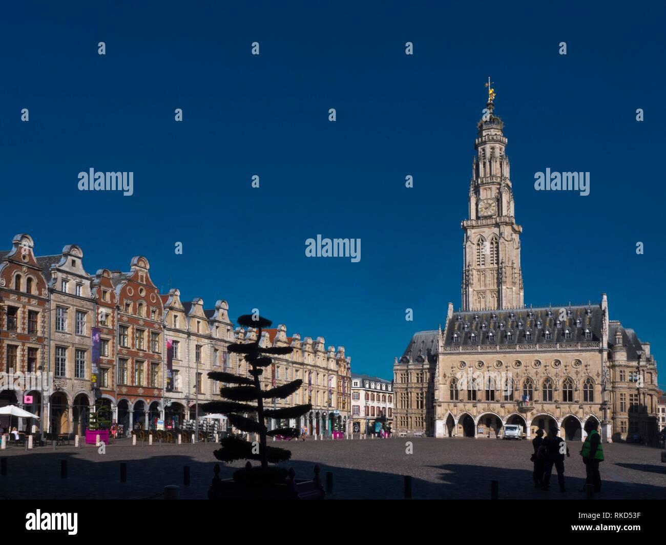 France, Hauts de France,Pas de Calais,Arras, on Place dess Heroes, the Town Hall and the Belfry. - Stock Image
