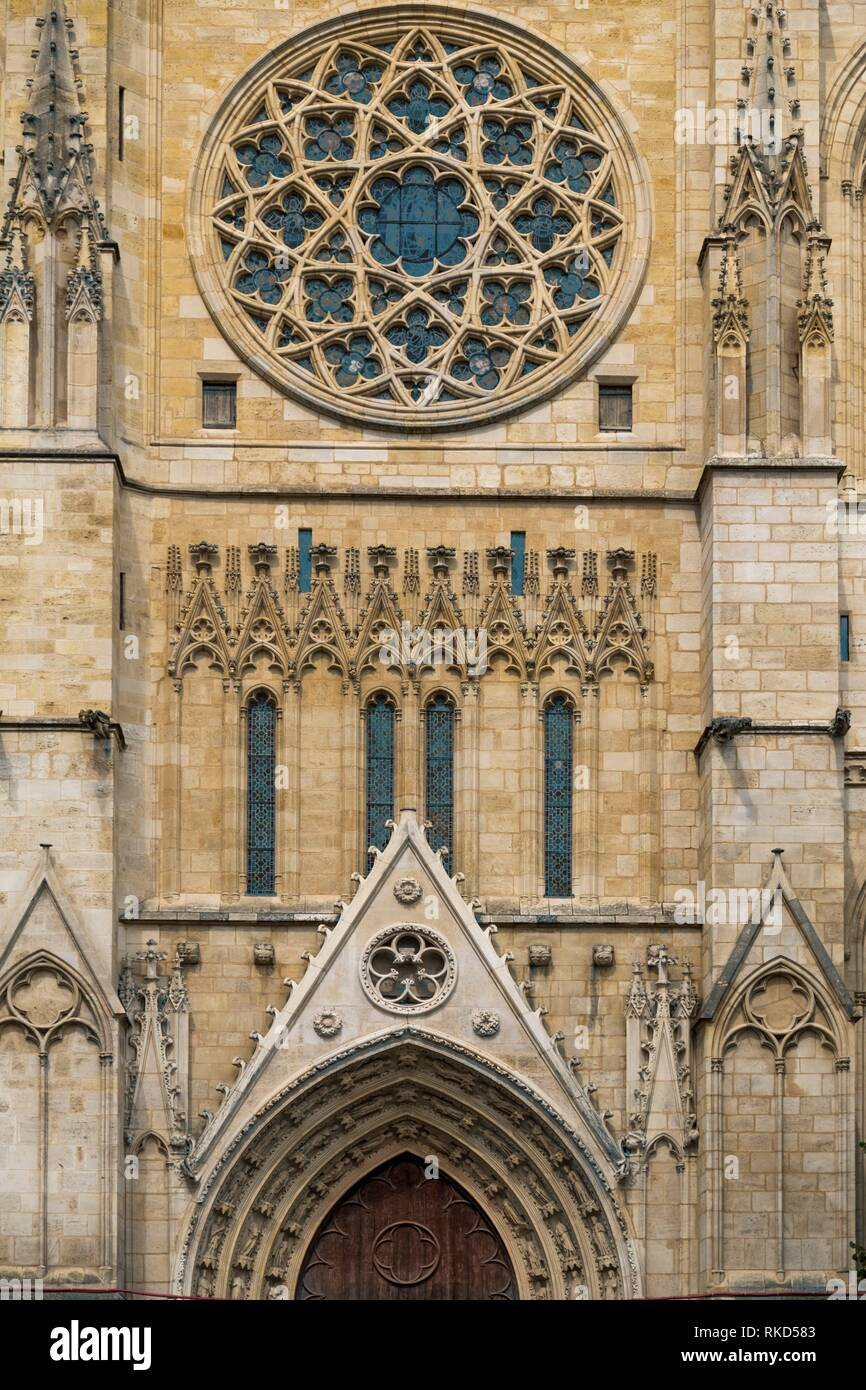 France, Nouvelle aquitaine, Gironde. Detail of the cathedral, at Bordeaux. - Stock Image