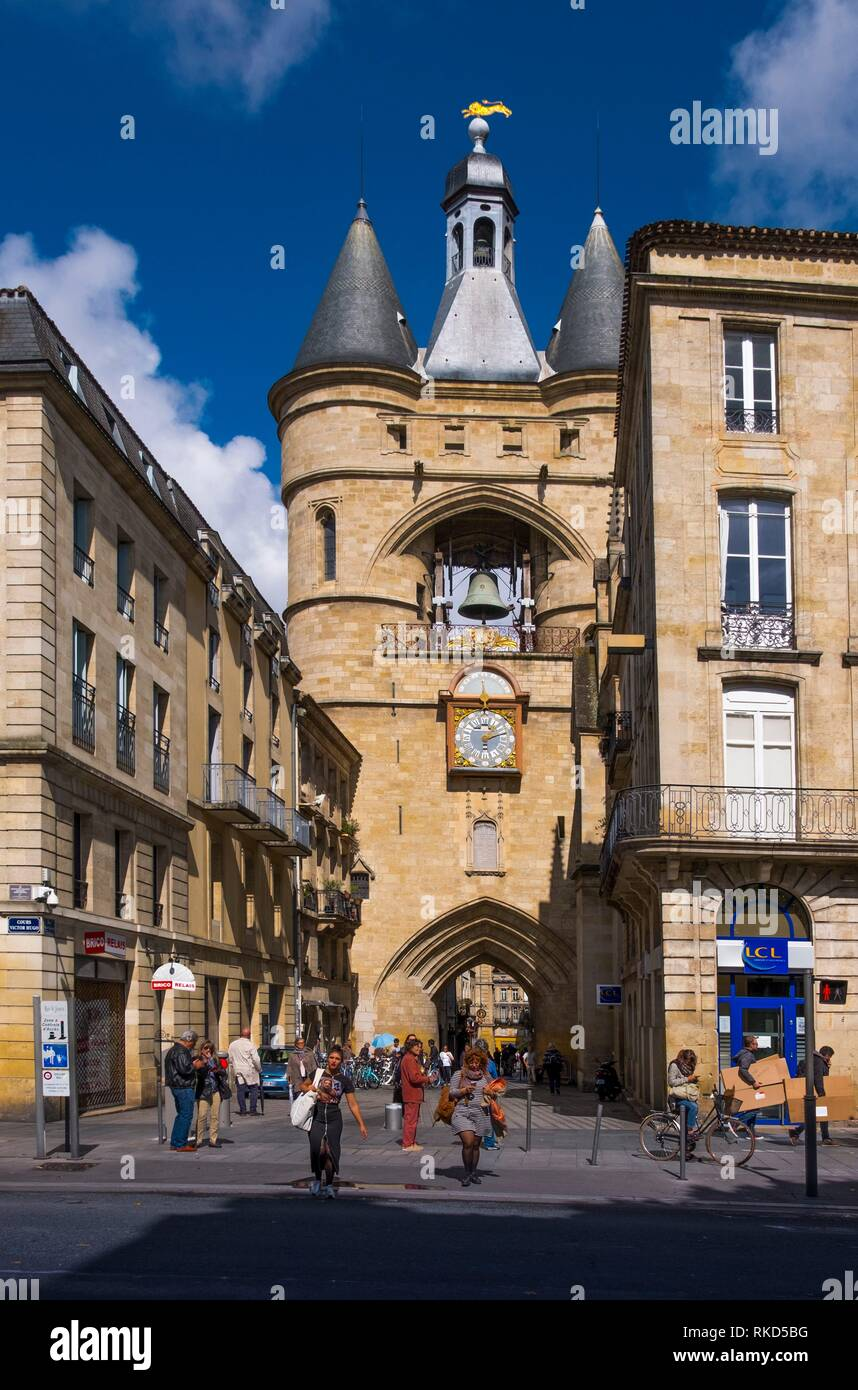 France, Nouvelle Aquitaine, Gironde, ''Grosse Cloche'' on ''Porte Saint Eloï'' gate at Bordeaux. - Stock Image