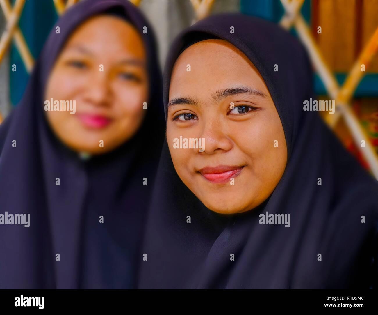 Malaysia, Penang. George town, muslim girls. - Stock Image