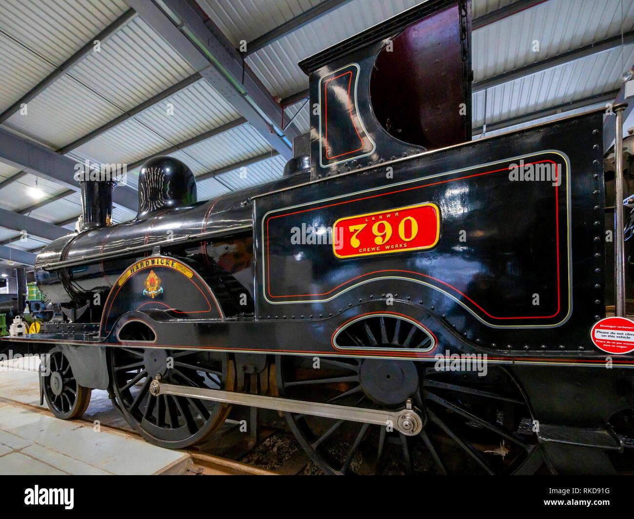 Euston Railway Station Photograph 4 London /& North Western Railway.