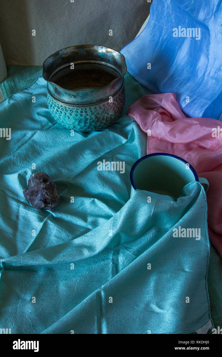 Pastel coloured still life photograph with archaic objects - Stock Image