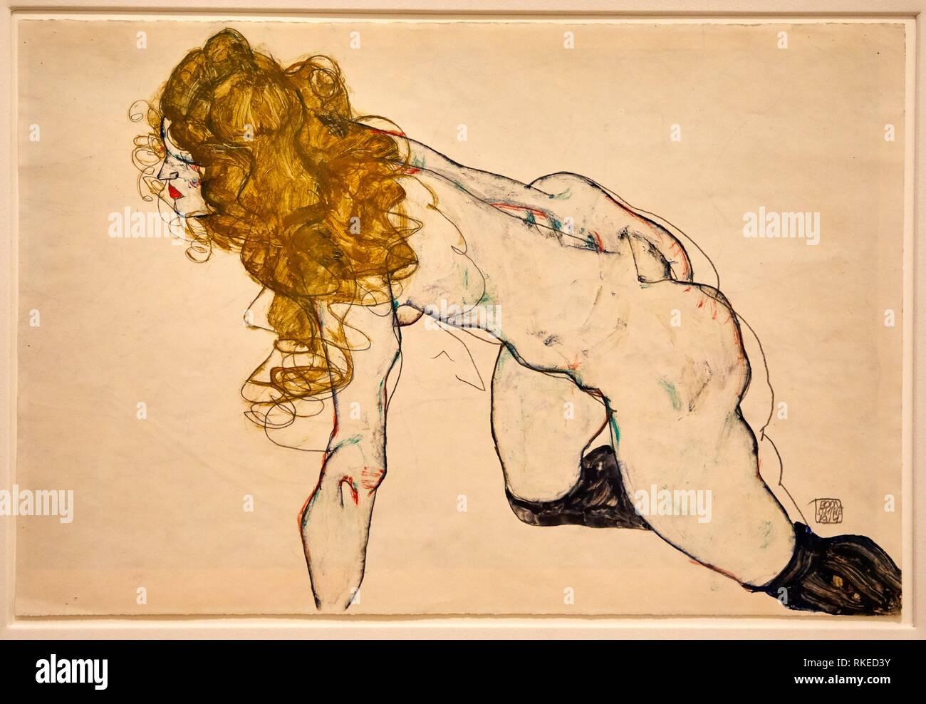 Egon Schiele, Kauernder weiblicher Akt mit blonden Haaren und aufgestütztem linken Arm, Femme aux cheveux blonds dénudée à genoux et appuyée sur le - Stock Image