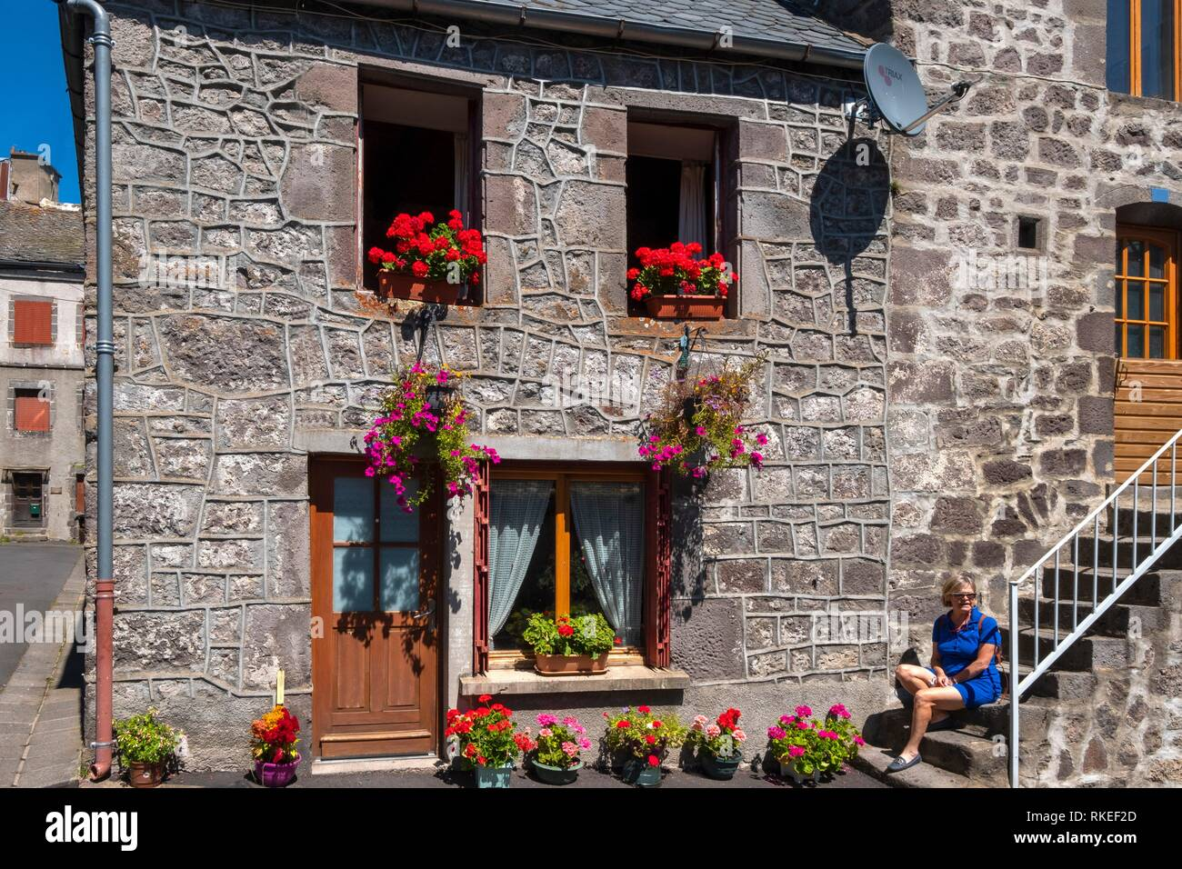 France, Auvergne, Puy de Dome, at the medieval viallage of Besse Saint Anasthaise. - Stock Image