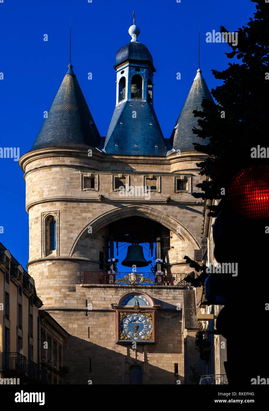 France, Nouvelle Aquitaine, Gironde, ''Grosse Cloche'' on Saint Eloï's gate at Bordeaux. - Stock Image
