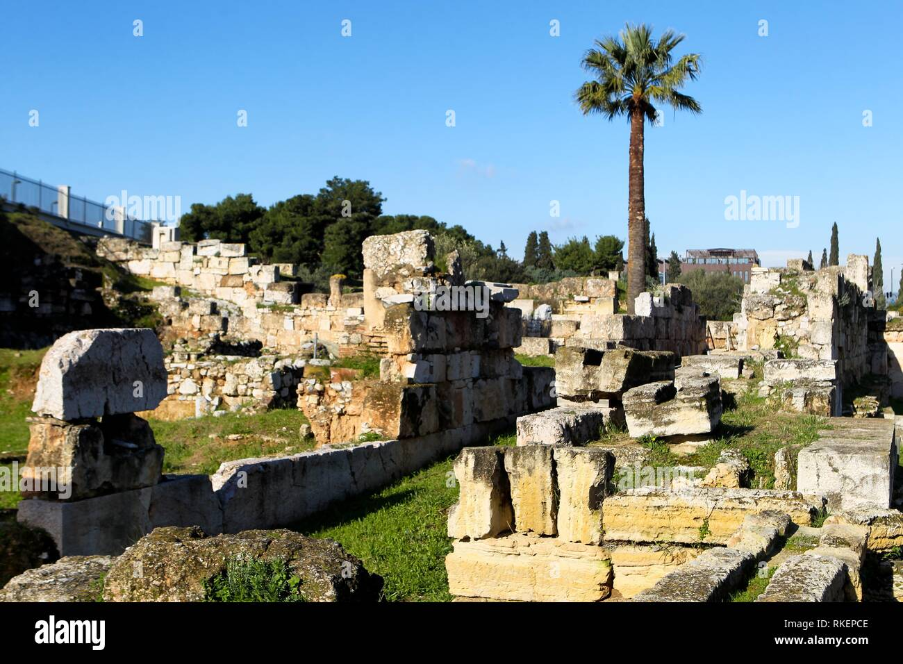 Archaeology and Ancient History: Breaking Down the Boundaries