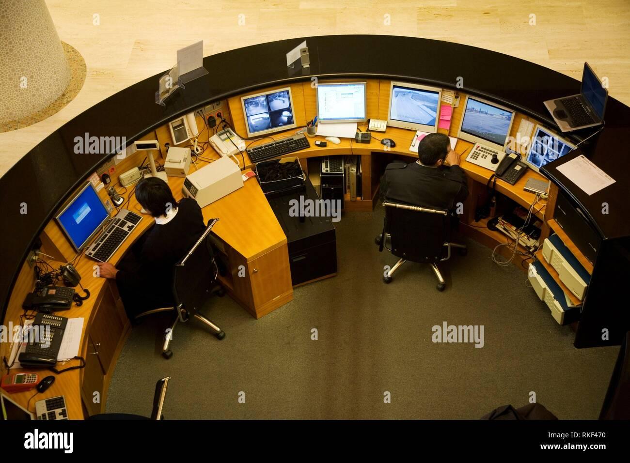 Securitas Stock Photos & Securitas Stock Images - Alamy