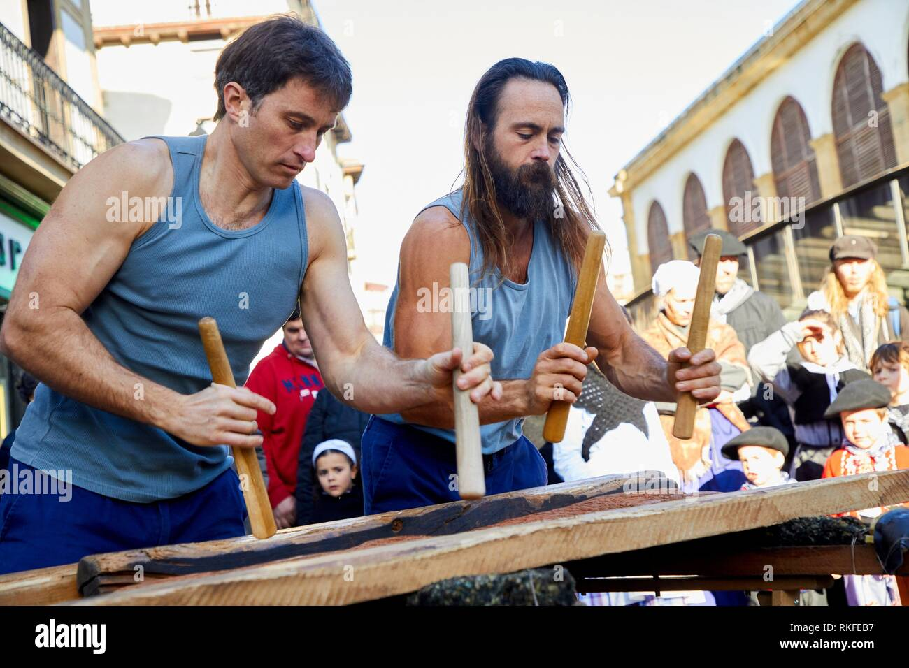 Txalaparta (Basque typical wooden percussion instrument), Feria de Santo Tomás, The feast of St. Thomas takes place on December 21. During this day - Stock Image
